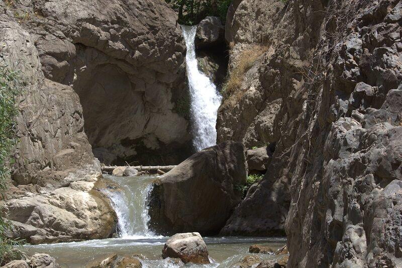 Shirin Su Waterfall