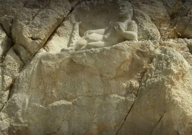 Statue of Hercules in Behistun (3).JPG