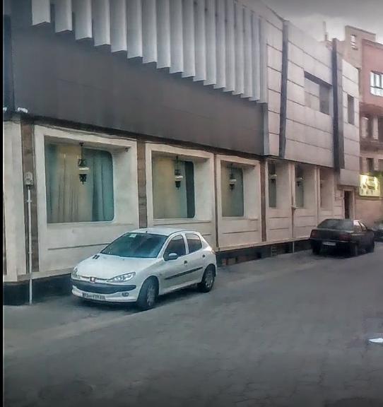 رستوران لوکس نقره ای (1).png