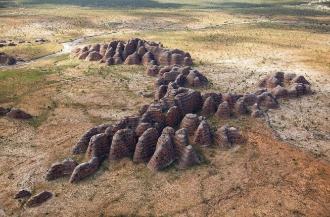 پارک ملی استرالیا و گنبدهای کندوی عسل عظیم الجثه اش!