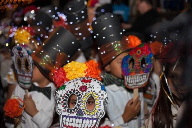 جشن مردگان، جشن عجیب مکزیکی ها برای ادای احترام به رفتگان!