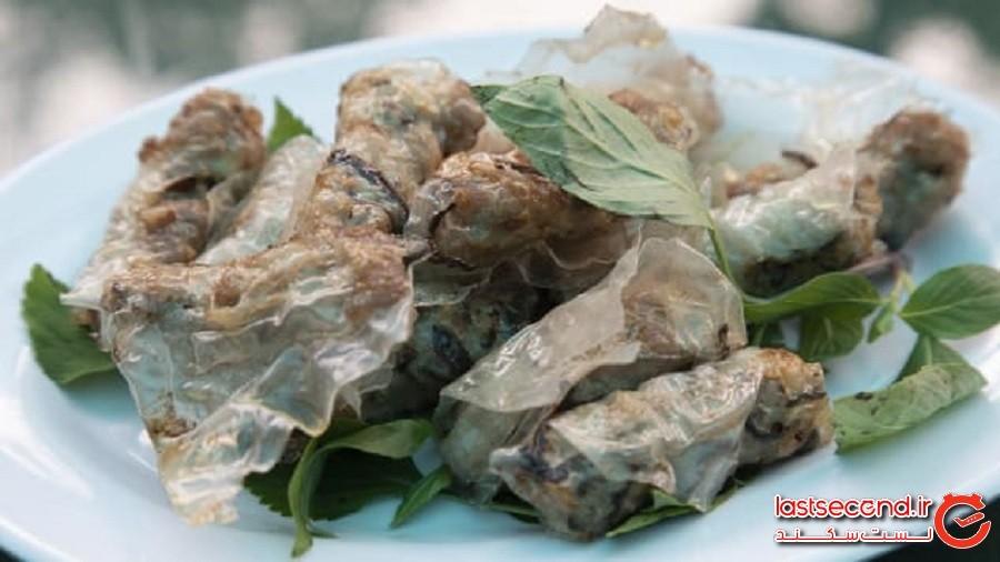 مشهورترین رستوران ویتنام که غذاهایی با گوشت مار سرو میکند!