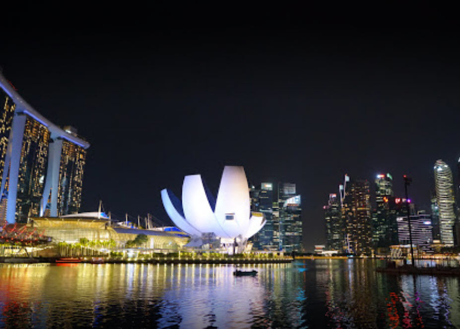 چرخ و فلك سنگاپور