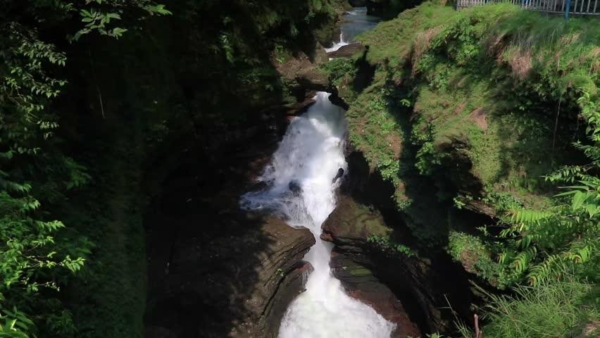 آبشار دیویس