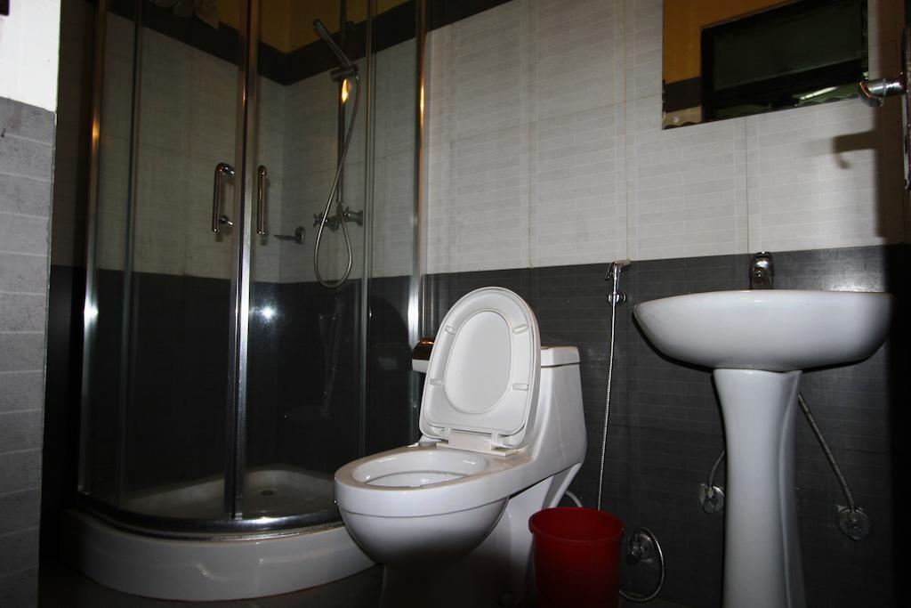 Acme Guest House (1).jpg