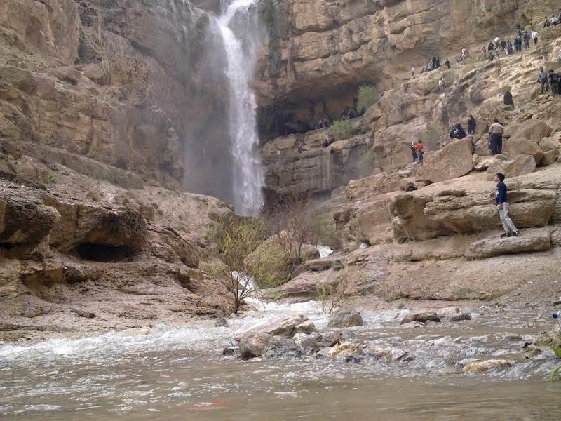 آبشار دره گاهان تفت