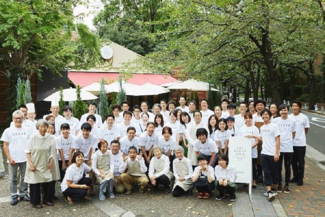 رستوران موقت «سفارش های اشتباهی» در توکیو و طرفداران بسیارش!