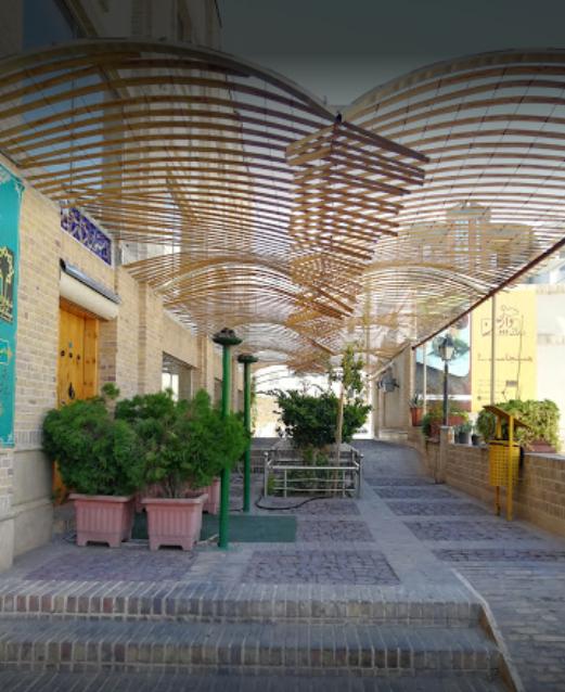 رستوران دارچین (سمنان)