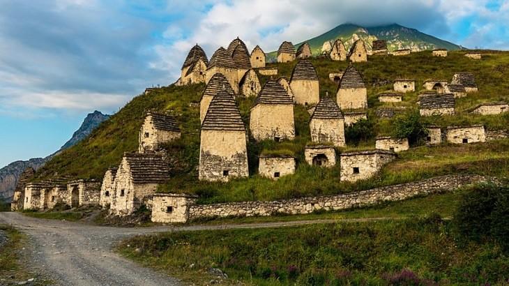 شهر مردگان، روستای عجیبی که در روسیه قرار گرفته است!