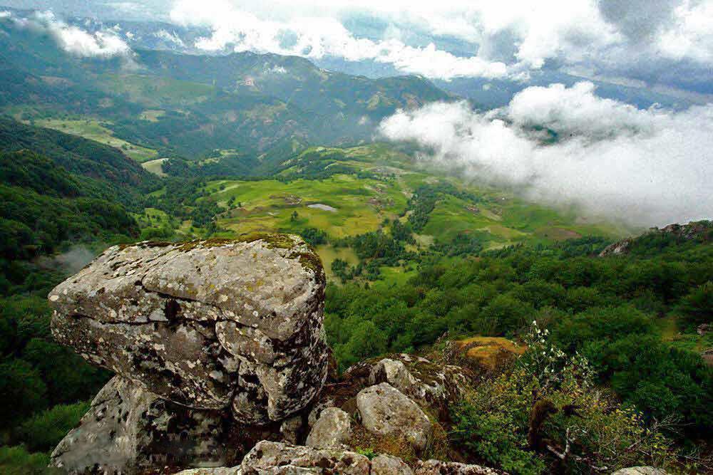 قلعه اسپیناس، نماد طبیعت شگفت انگیز آستارا!
