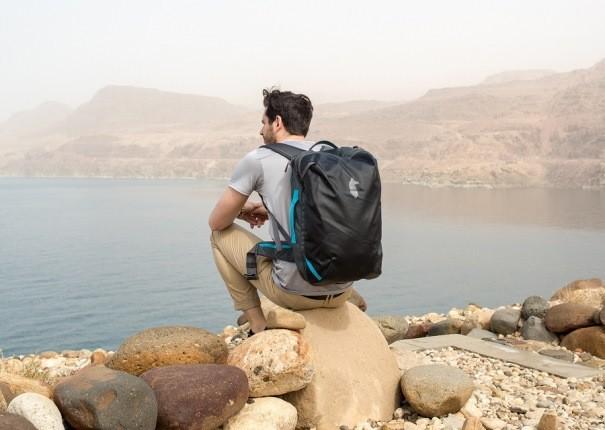چگونه با یک کوله پشتی کوچک به همه جای دنیا سفر کنیم؟