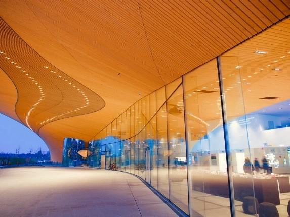 کتابخانه اودی، بنای غول پیکری که سواد فنلاندی ها را به رخ می کشد!