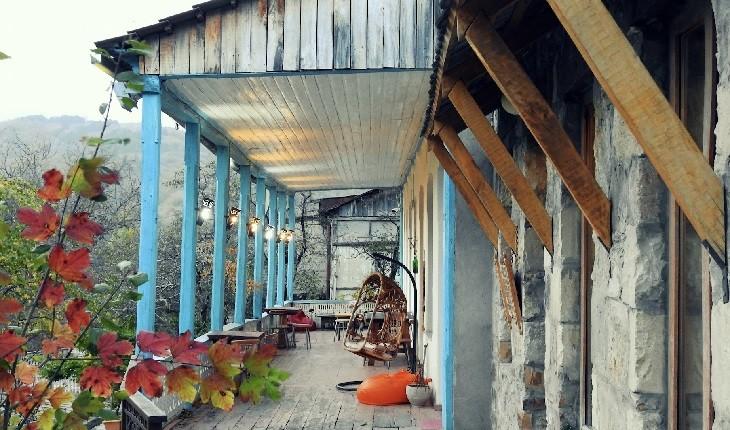 مهمانخانه ای خاص و خانوادگی در  دیلیجان، سوئیس ارمنستان!