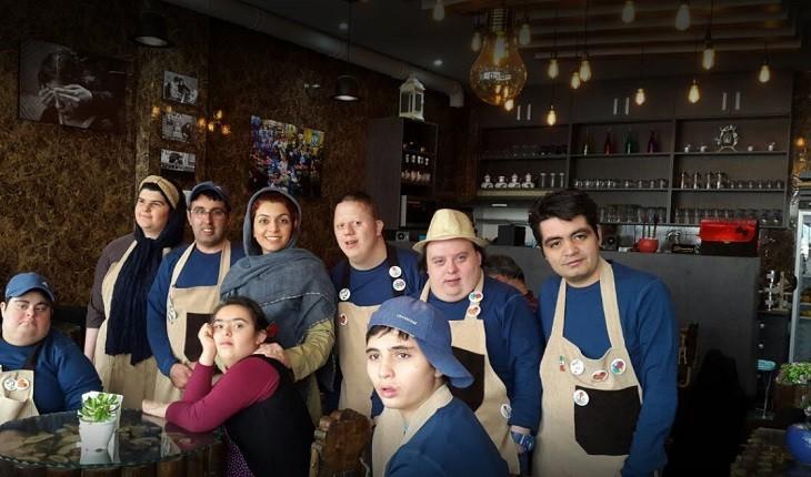 کافه دانتیسم؛ کافهای خاص که عشق و زندگی در آن جریان دارد!