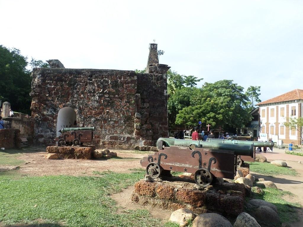 a-famosa-fort-melaka (1).jpg