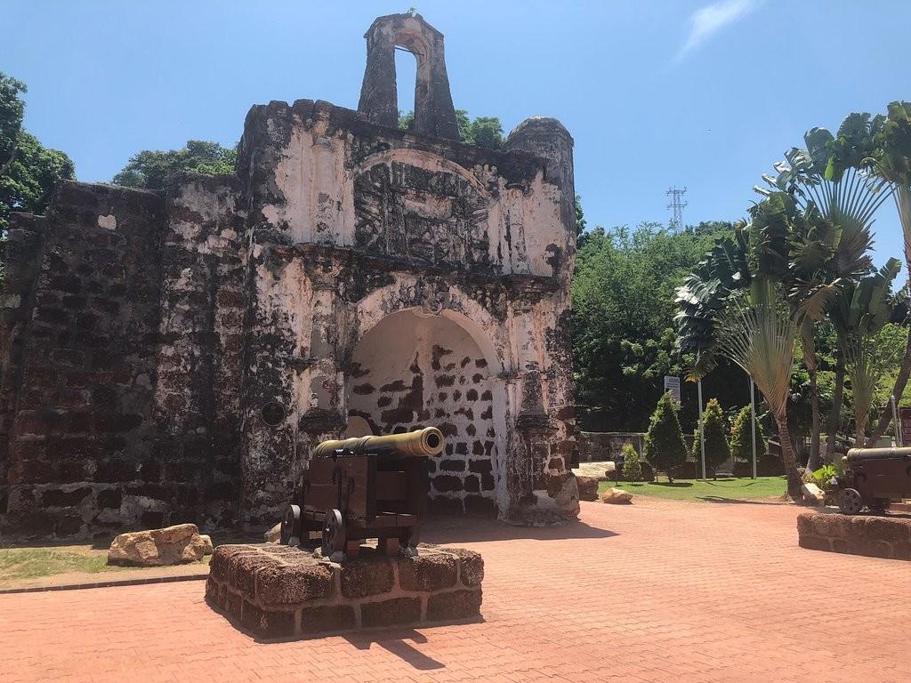a-famosa-fort-melaka (3).jpg