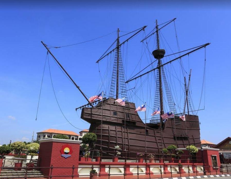 Flora de la Mar Maritime Museum (1).JPG