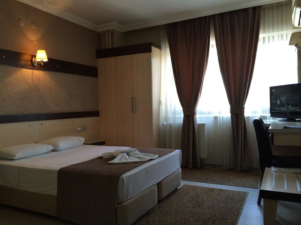 Napa Hotel (2).jpg