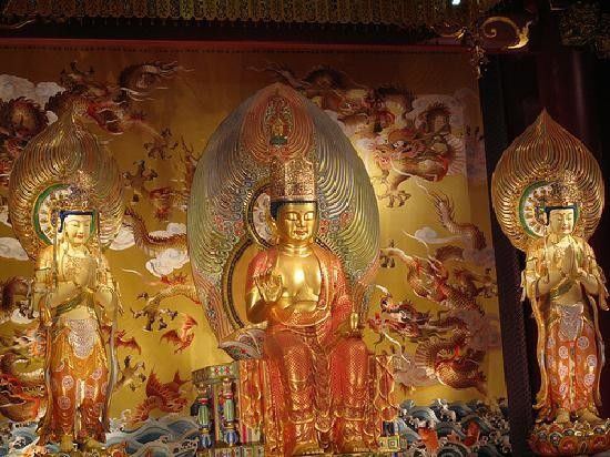 Buddha Tooth Relic Temple and Museum (3).jpg