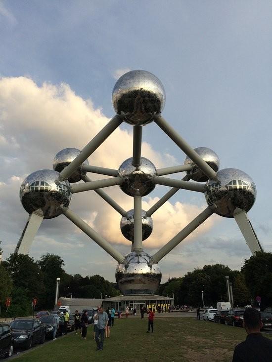 Atomium brussels (1).jpg