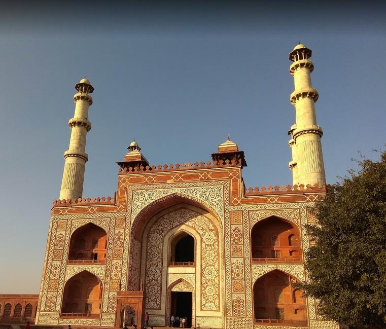مقبره اکبر شاه