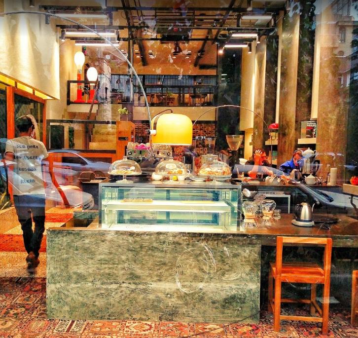 کافه کاریزنو