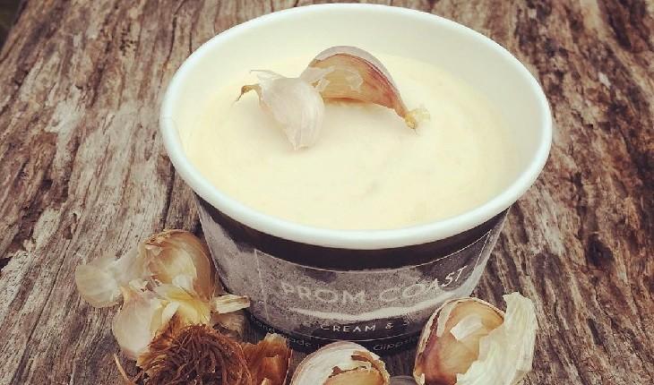 عجیب ترین طعم های بستنی در جهان که چشیدنشان جرات می خواهد!