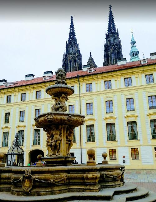 Prague Castle (1).png
