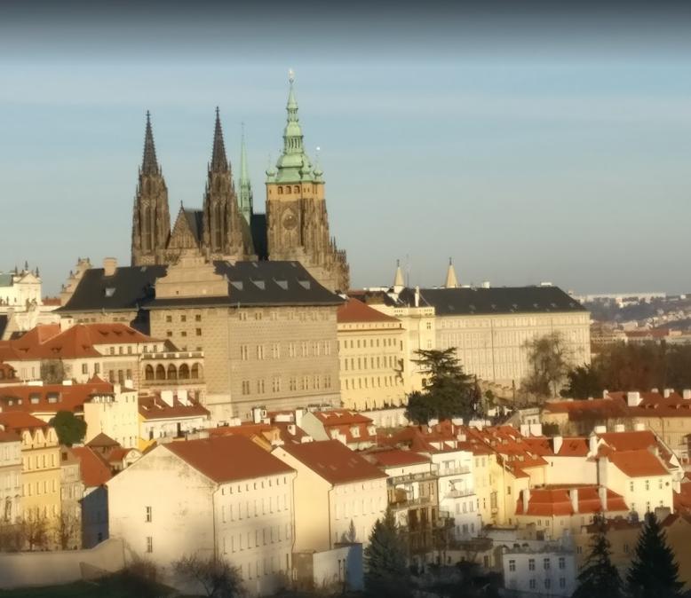 Prague Castle (2).png