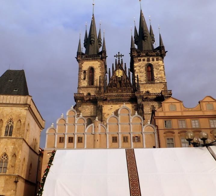 Staromestske namest (Old Town Prague) (4).png