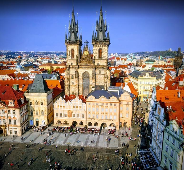 Staromestske namest (Old Town Prague)