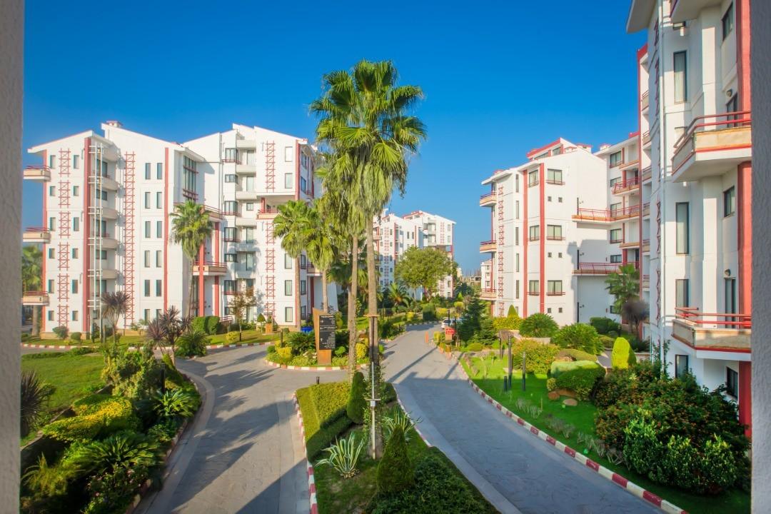 هتل ساحلی شهر