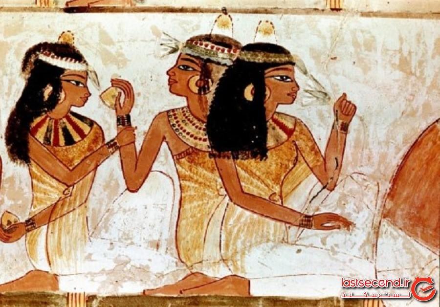 buried-Egyptian-woman3.jpg
