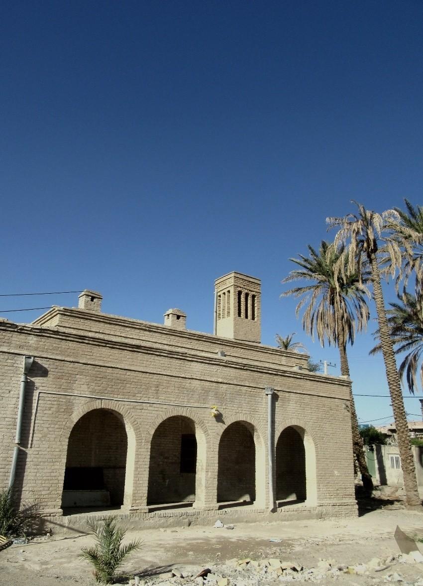 ساختمان قديمي بهداشت محيط ايرانشهر (1).jpeg