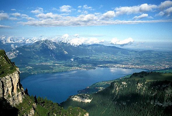 Lake Thun (1).jpg