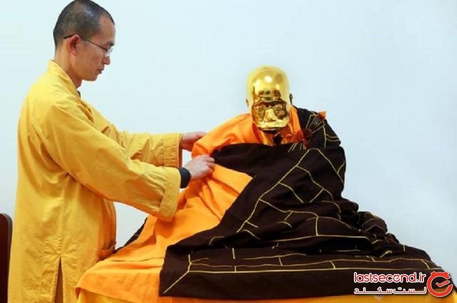 جنازه مومیایی شده راهب بودایی چینی طی مراسمی عجیبوغریب به طلا تبدیل شد