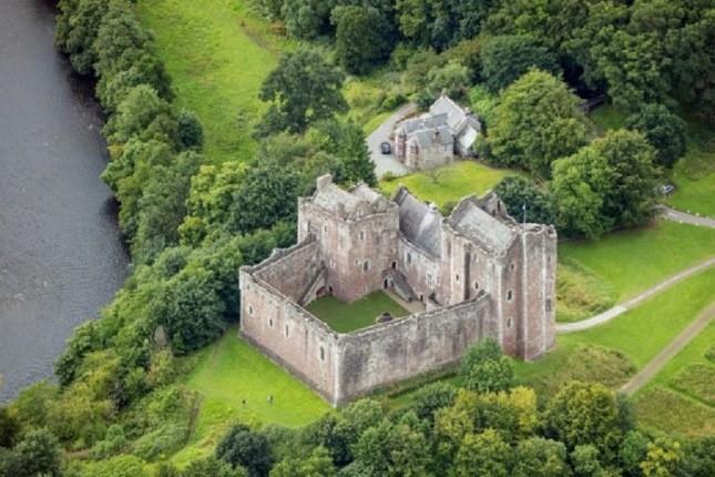 قلعههای تاریخی اسکاتلند در حال استخدام نیروی کار هستند!