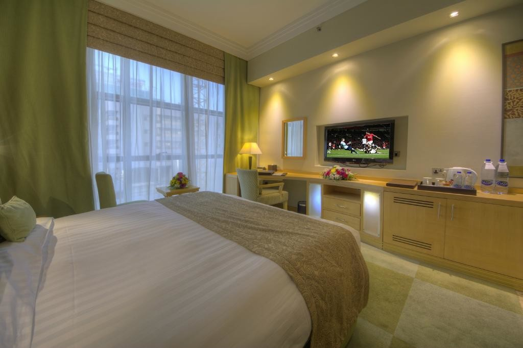 raintree-hotel-dubai (7).jpg