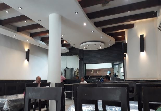 Ti Nan Ti Kabab Restaurant bandar Anzali (2).JPG
