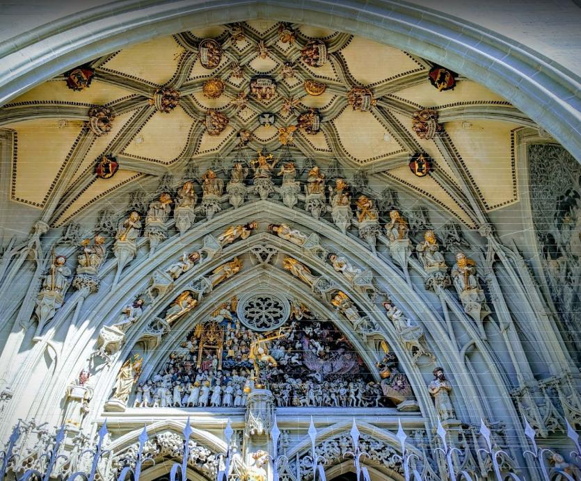 Cathedral at Munsterplatz St. Vincent (Munster Kirche) (3).png