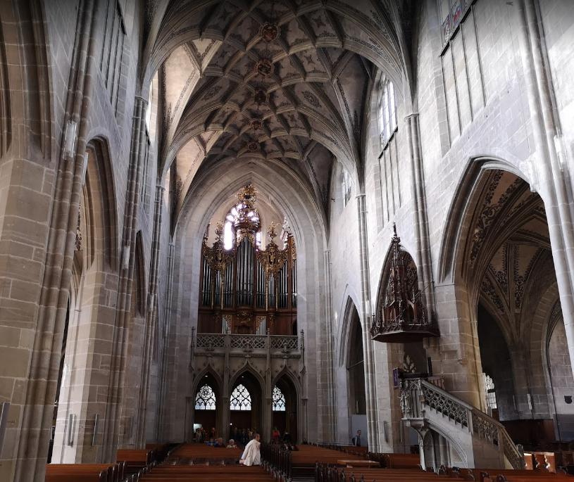 Cathedral at Munsterplatz St. Vincent (Munster Kirche) (4).png