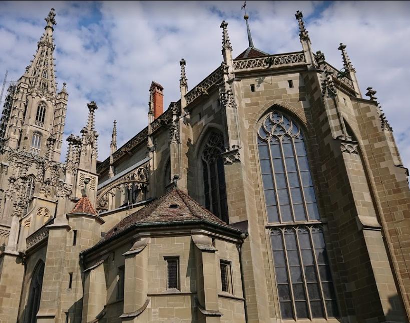 Cathedral at Munsterplatz St. Vincent (Munster Kirche) (1).png