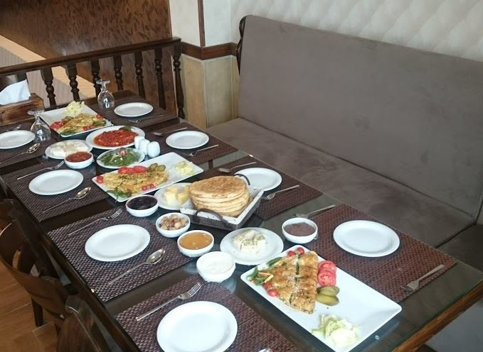 Barkaz Cafe & Restaurant bandar anzali (1).JPG
