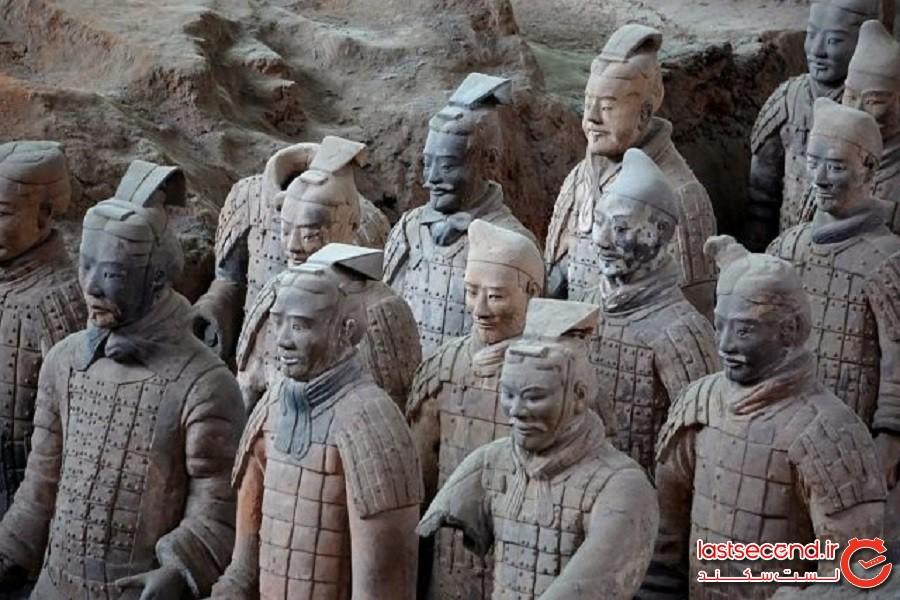 200 جنگجوی سنگی که بهتازگی در محل ارتش بزرگ تراکوتای چین یافت شدهاند