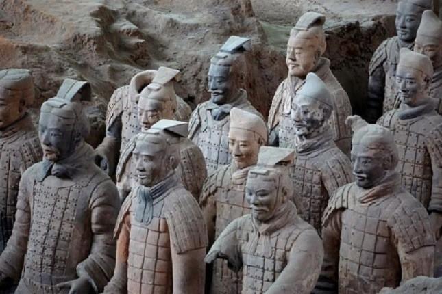 200 جنگجوی سنگی به تازگی در محل ارتش بزرگ چین یافت شدند!