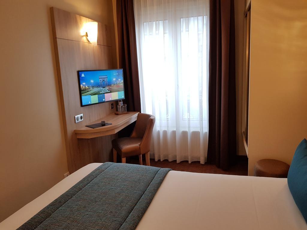 Hotel Champerret Elysees Paris  (13).jpg