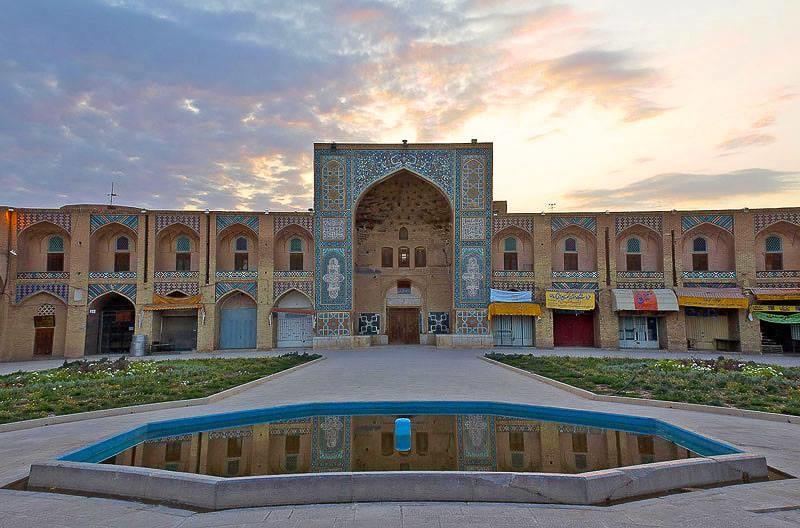 مجموعه گنجعلی خان، بنایی از سردار بنام صفویه در کرمان!