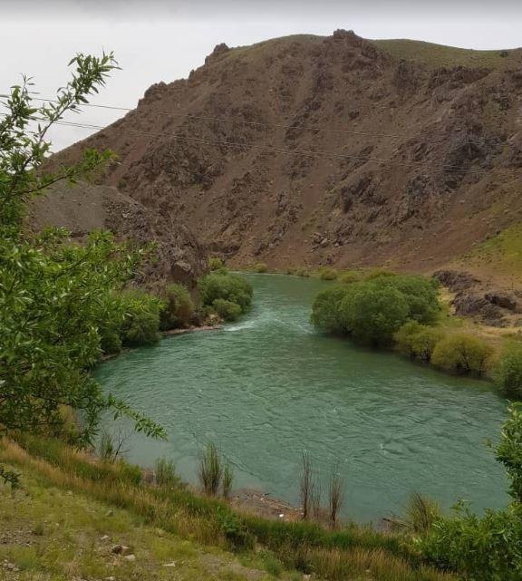 Hojat Abad Village Chadegan (1).JPG