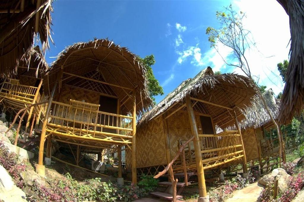 Phi Phi Hill Bamboo Bungalow (4).jpg