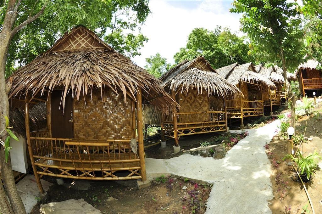 Phi Phi Hill Bamboo Bungalow (9).jpg